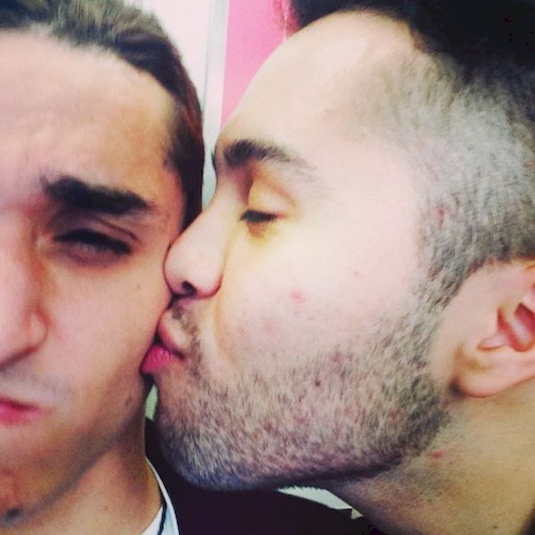 Amateur Gay Kissing